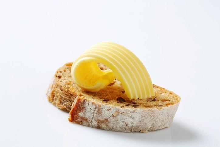 chlieb s maslom